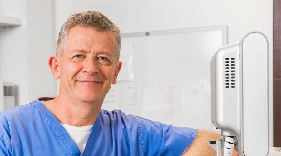 Prof. William-Power-Laser-Eye-Surgery-Dublin-Mobile
